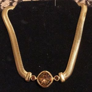 Necklace choker style